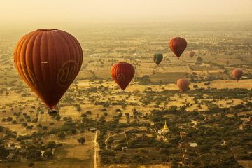 balloons over bagan