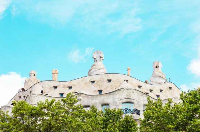 where-to-stay-in-barcelona-lead