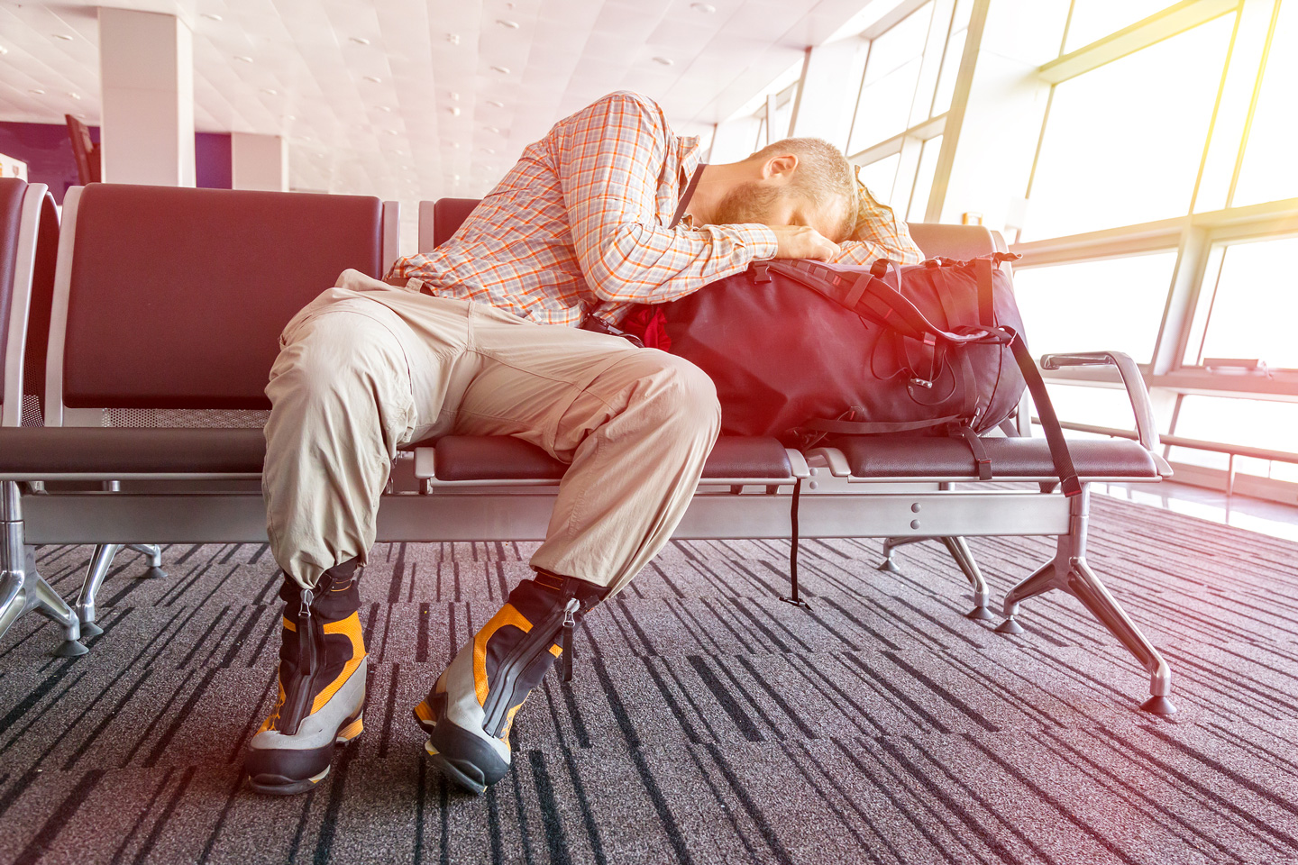 20-travel-hacks_sleeping