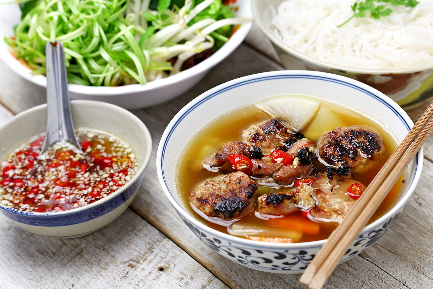 What to Eat in Vietnam