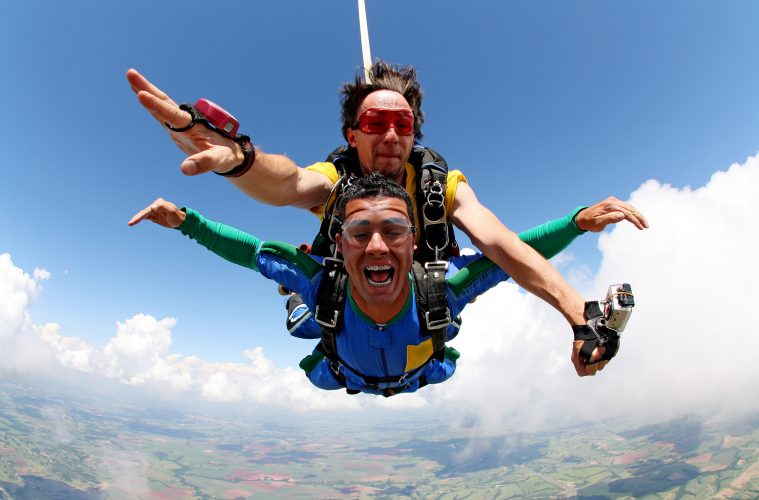 reasons why you should go skydiving