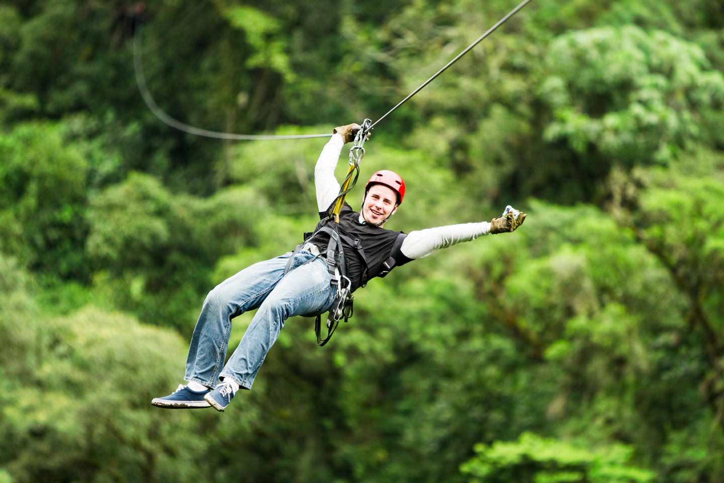 Tips On How Not To Look Like An Idiot While Ziplining